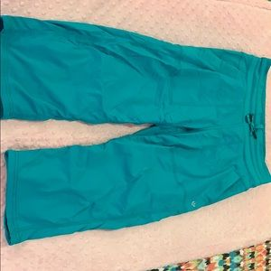 Lululemon Capri dance studio pants aqua 4